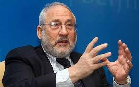 descarga (1).Stiglitz