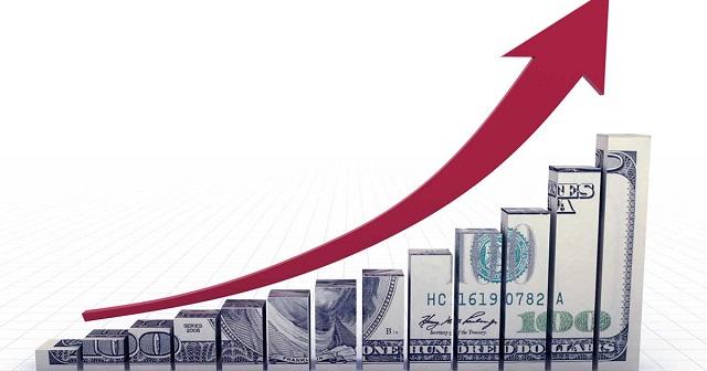 El dólar vuelve a superar los $4.000 después del desplome en los precios del petróleo