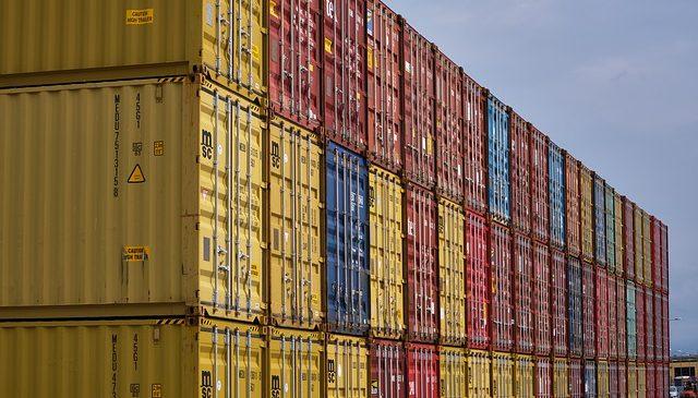 Exportaciones subieron 33,1% en junio gracias al dólar y al precio del petróleo